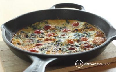 Omelett mit Schnittlauch und Tomaten